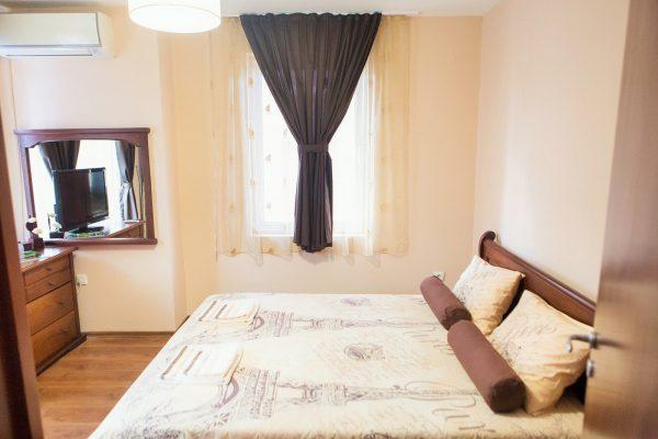 Domus-apartment-iglika-spalnya